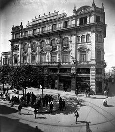 Escritório central da empresa na Praça Antonio Prado em 1908