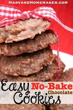 Easy No-Bake Chocolate Cookies.  So good and you don't even have to turn on the oven!  Perfect during the hot summer months or any time of year.  #recipes #cookies #harvardhomemaker