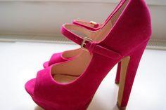 pink peep-toe mary-janes