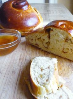 Recipe for Rosh Hashanah: Apple Butter Challah — Recipes from The Kitchn