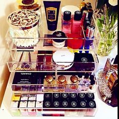 Instagram photo by @glamboxes (GLAMboxes™) | Iconosquare Makeup Display, Life Organization, Organizing, Beauty Inside, Christmas Wishes, Instagram Accounts, Vignettes, Closets, Bookshelves