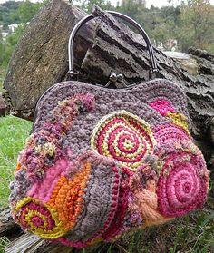 Pestrofarebná kabelka