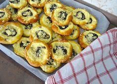 Recept na Svatomartinské koláče Pineapple, Muffin, Fruit, Breakfast, Food, Morning Coffee, Pine Apple, Essen, Muffins