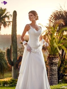 Palace, collection de robes de mariée - Point Mariage http://www.pointmariage.com