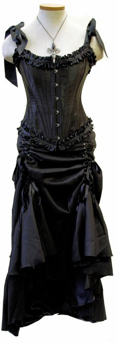 *sigh* if only I had money to burn I would create a place to wear this...
