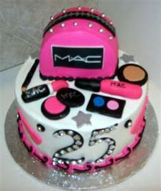 MAC Make up cake. Make Up Torte, Make Up Cake, Cake Icing, Fondant Cakes, Cupcake Cakes, Mac Cake, 25th Birthday Cakes, Birthday Ideas, Cupcakes Decorados