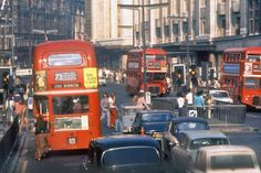 62 Beautiful Ektachrome Snapshots of London in the Early ~ vintage everyday City Of London, London Bus, Hyde Park London, London Life, Vintage London, Old London, Puerto Rico, Elephant And Castle, Routemaster