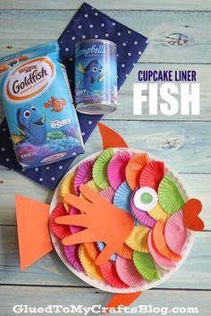 Cupcake liner fish - kid craft paper plate crafts for kids п Sea Crafts, Fish Crafts, Glue Crafts, Paper Plate Crafts For Kids, Crafts For Kids To Make, Art For Kids, Craft Activities For Kids, Preschool Crafts, Cupcake Liner Crafts