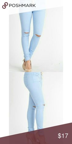 BLUE TWILL SKINNY JEANS WITH DRAWSTRING WAIST When you want to be casual but rugged, this twill skinny jeans is for you. It has elasticized drawstring waist for comfortable fit. Jeans Skinny
