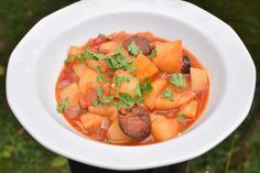 Fine Dining, Thai Red Curry, Cantaloupe, Fruit, Ethnic Recipes, Food, Drink, Red Peppers, Beverage