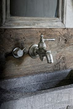 Bath Room Sink Vintage Rustic 30 Ideas For 2019 Castle Stones, Tadelakt, Interior And Exterior, Interior Design, Taps, Faucets, White Rooms, Rustic Chic, Rustic Elegance