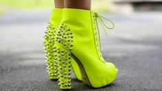 There is 0 tip to buy neon yellow heels, studded shoes. Help by posting a tip if you know where to get one of these clothes. High Heel Boots, Heeled Boots, Shoe Boots, Ankle Boots, Neon Heels, Yellow Heels, Neon Yellow, Yellow Boots, Neon Sandals