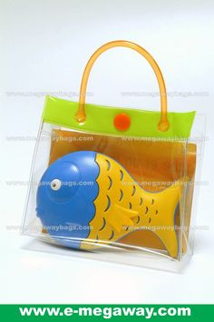 See the outlook of putting merchandise into this display bags !