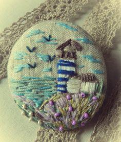 linen with embroidery brooch Пейзажная брошь. Вышивка на льне