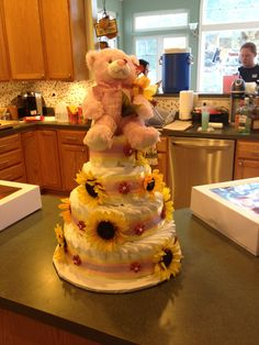 #baby shower #diaper #cake