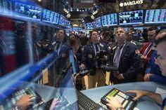Wall Street recua coma dados econômicos e Fed no foco - http://po.st/vIaLiA  #Bolsa-de-Valores - #Dólar, #Moedas-Indicadores, #Wall-Street