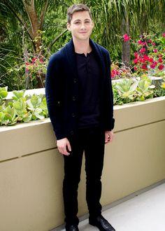 Logan Lerman #Logan Lerman #LoganLerman Follow me in my TWITTER: @Nayviess Garcia =)
