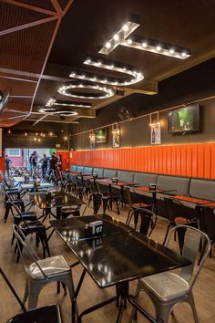 Projeto para h - restaurant Restaurant Interior Design, Shop Interior Design, Cafe Design, Modern Restaurant Design, Pizzeria Design, Design Industrial, Burger Restaurant, Small Restaurants, Restaurant Furniture