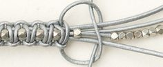 Tutoriel DIY: Faire un bracelet en macramé cuir et perles via DaWanda.com