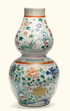 A large famille-verte double-gourd vase<br>Qing Dynasty, Kangxi Period | lot | Sotheby's