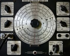 Precision Signal Generator Series E-200-C (Boing Boing Flickr Pool)