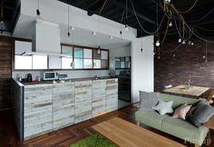 床だけでなく、壁に使っても味わい深い。(設計施工:株式会社竹中建設/photo:Myo Naoki)