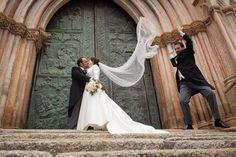 Friend is wind. Cuando los amigos son el viento. Fotografia de bodas.