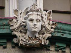 Figurehead on former McAlpin's building