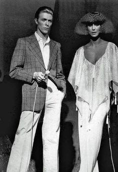 David Bowie and Cher Studio 54 Angela Bowie, Ziggy Stardust, Mick Jagger, Duncan Jones, Moda Rock, Saint Yves, The Thin White Duke, Studio 54, Music Icon