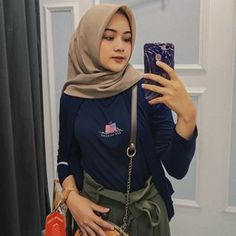 Image may contain: one or more people Ootd Hijab, Instagram Posts, People, Image, Clothes, Style, Fashion, Outfits, Swag