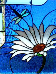 Daisy with Dragonfly Stained Glass Window Panel by glassmagic Dragonfly Stained Glass, Stained Glass Paint, Stained Glass Flowers, Stained Glass Designs, Stained Glass Panels, Stained Glass Projects, Fused Glass Art, Stained Glass Patterns, Mosaic Art