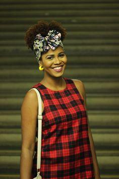 No último sábado, fui convidado para palestrar no Bazar Afronta Black em Madureira, ao lado de outras blogueiras negras super influente...