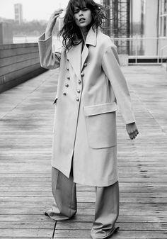 Harper's Bazaar Turkey August 2017 Georgia Fowler by David Roemer - Fashion Editorials