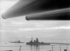 Secret Churchill Memo – German invasion unlikely Landing Craft, Island Nations, Military Diorama, Navy Ships, World War One, Royal Navy, Battleship, Military History, Churchill