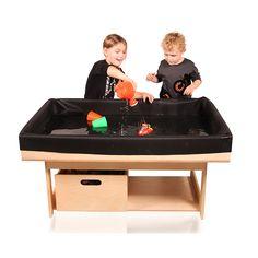 Zand watertafel creëert u in een hand omdraai door de zand- waterdoek in de LEGIO tafel te plaatsen.  Te gebruiken als zand- / watertafel en kweek tafel.  Geschikt voor LEGIO tafel groot.