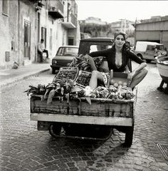 What to fashionably wear when sitting in the back of a vegetable truck.  la dolce vita by ellen
