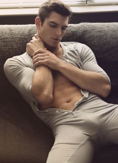 Sexy Guy in Long Johns Man 2, Le Male, Komplette Outfits, Long Johns, Hommes Sexy, Male Photography, Male Form, Attractive Men, Male Beauty