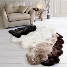 Crafted with an indulgently long and fluffy pile, our natural sheepskin rug is fabricated from 100% sheepskin for utmost quality and is available in a choice of colours.