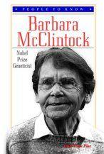 Barbara McClintock fue una citogenetista que realizó un trabajo rompedor: desarrolló una técnica que permitía visualizar los cromosomas del maíz y se basó en el análisis por microscopía para demostrar muchos conceptos fundamentales en genética.