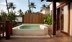 Terrace Pool - niiice!