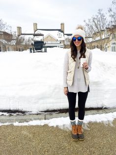 Snowcation: Salamander Resort & Spa #ootd #blogger #virginia #beanboots #jcrew #puffervest #winter #preppy
