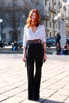 Taylor Tomasi Hill - great blouse, wide belt, and wide-leg pants Taylor Tomasi, Fashion Mode, Work Fashion, Womens Fashion, London Fashion, Casual Chic, Moda Vintage, Looks Chic, Milano Fashion Week