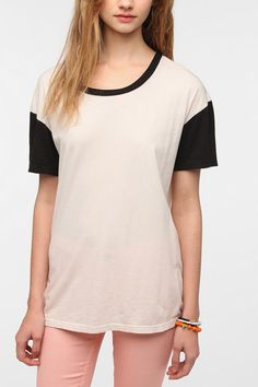 Spring Trend: Black & White.Truly Madly Deeply Oversized Boyfriend Colorblock Tee.