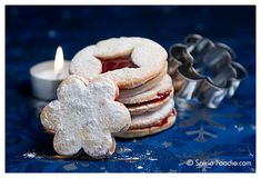 Czech Linzer Cookies are traditionally eaten during Christmas. Linzer cookies are two shortbread cookies sandwiched together with jam. Linzer Cookies, Tea Cookies, Sweet Cookies, Christmas Deserts, Christmas Cookies, Christmas Traditions, Christmas Recipes, Holiday Recipes, Cookbook Recipes