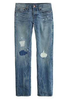 Perfect distressed & patchwork denim #style #fashion #jeans