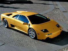 This thing is the most inspiring and high-quality idea Lamborghini Diablo, Lamborghini Photos, Lamborghini Aventador, Exotic Sports Cars, Exotic Cars, Super Fast Cars, Flower Car, Amazing Cars, Hot Cars