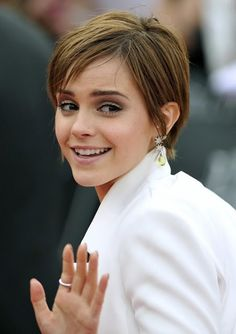 Emma Watson - love this cut and she's just so stinkin cute!