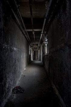Connecting Corridor - Photo of the Abandoned Franklin Power Plant Abandoned Factory, Factories, Abandoned Buildings, Post Apocalyptic, Corridor, Drawing Reference, Photo Art, Connection, Industrial