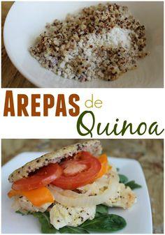 Arepa fit de Quinoa germinada de 3 colores. Super saludable y cargada de fibra. Relleno pescado a la plancha, tomate y espinaca | arepasfit.com