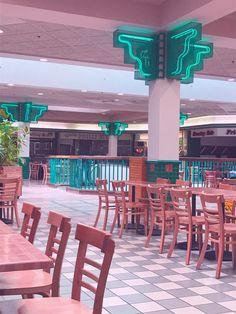 vaporwave aesthetic mall court 80s retro dead malls aesthetics 1990 arcade guess thing reddit